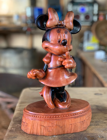 Collectibles_Daniels_Minnie.png