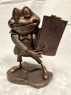 Collectibles_Figure_Mr_Toad.png